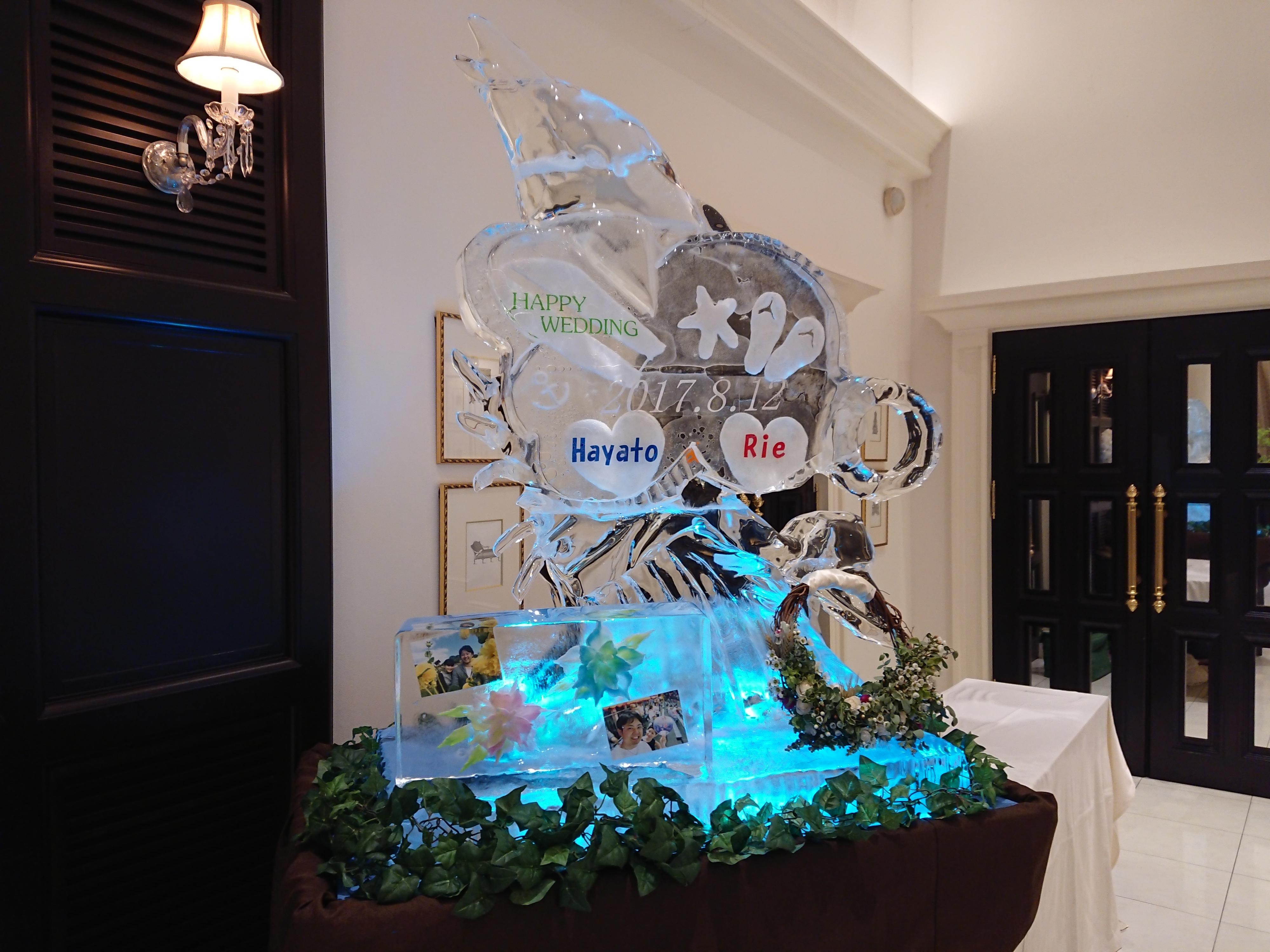 結婚式場 氷のウエルカムボード